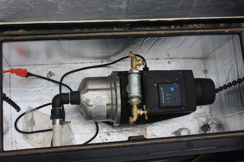 custom-trailer-water-pump